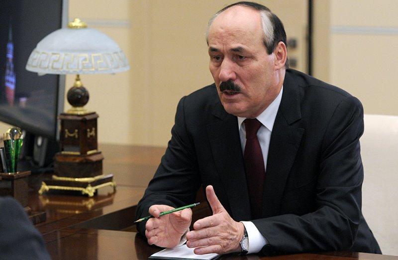 Рамазан Абдулатипов – лидер роста в рейтинге глав регионов в сфере ЖКХ