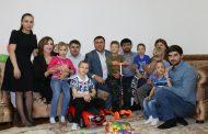 Махачкалинка стала матерью для шестерых детей-инвалидов из Астрахани