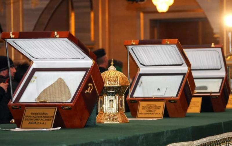 Выставка реликвий пророка Мухаммада открылась в селении Кумух