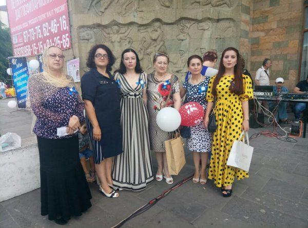 Акция против абортов в Махачкале собрала более тысячи человек