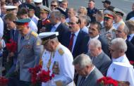 Абдулатипов посетил военно-морской парад в Севастополе