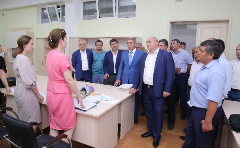 Премьер-министр посетил новую школу в микрорайоне «Ак-Гель»