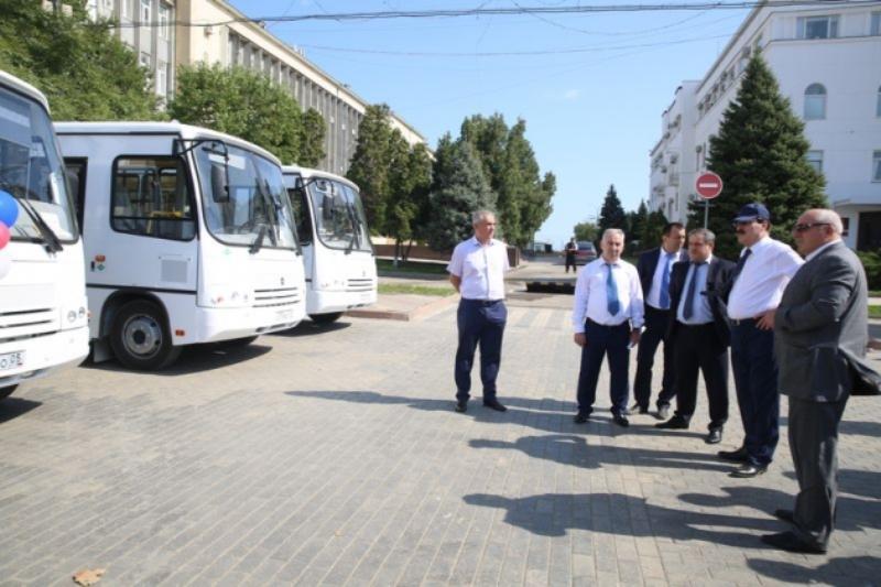 Новые автобусы будут курсировать между Махачкалой и Ленинкентом