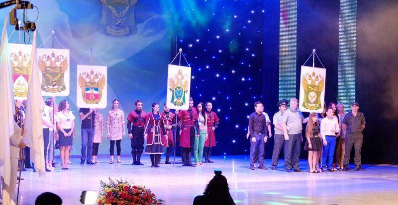 Дагестанские таможенники победили в конкурсе художественной самодеятельности СКТУ