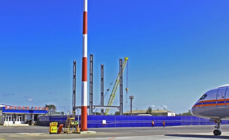 Идет установка металлоконструкций нового терминала аэропорта Махачкалы