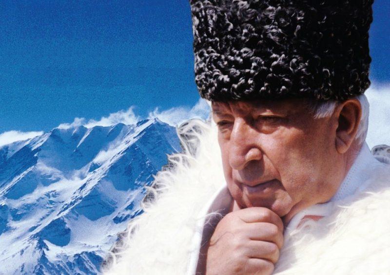 На РИФ «КАВКАЗ» запустят флешмоб чтения стихов Расула Гамзатова