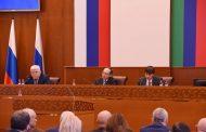 В Дагестане депутаты Госдумы обсудили качество образования