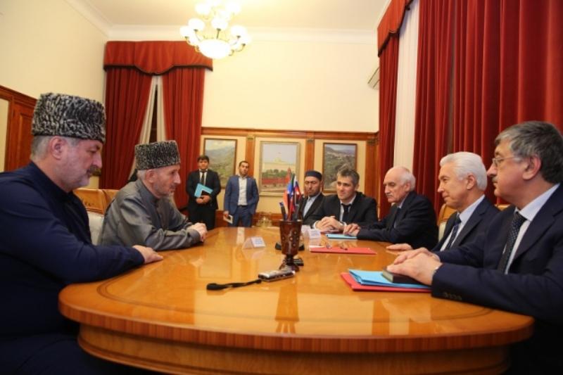 Владимир Васильев встретился с муфтием Дагестана
