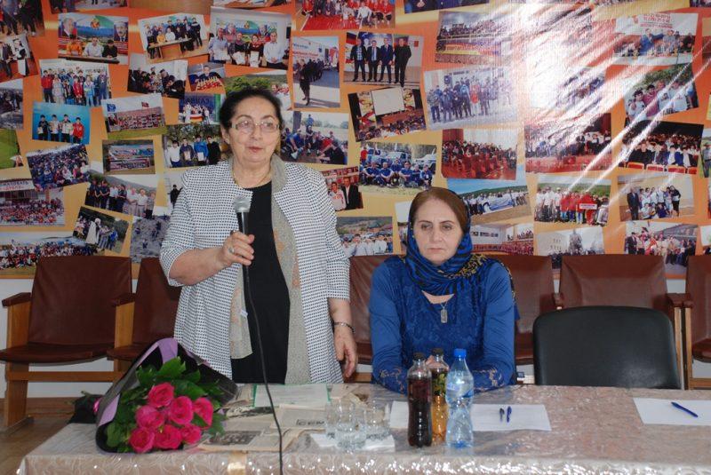 В Казбековском районе отметили нравственный подвиг Ислама и Забии Магомедовых