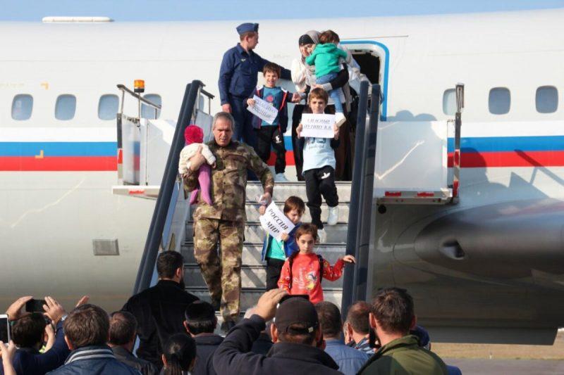 В Грозном задержаны три дагестанки, вернувшиеся из Сирии