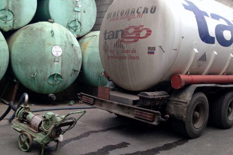 В Дагестане пресечен выпуск фальшивого коньяка