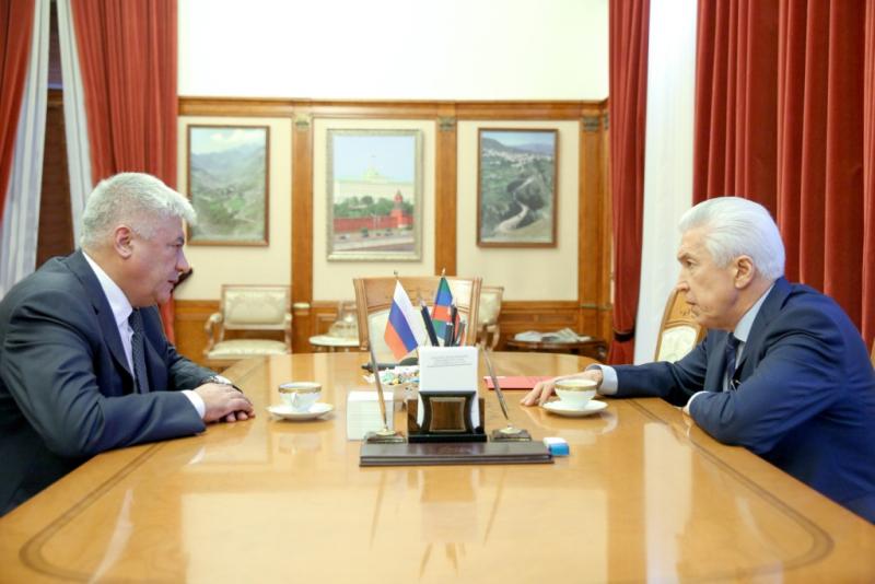 Владимир Колокольцев провел рабочую встречу с Владимиром Васильевым