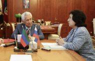 Уммупазиль Омарова займет кресло министра образования Дагестана