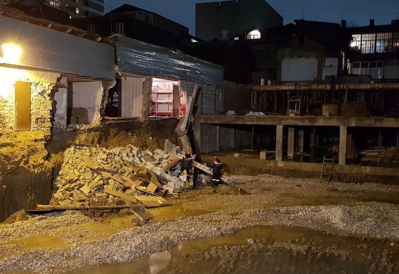 В Махачкале обрушилась стена частного дома