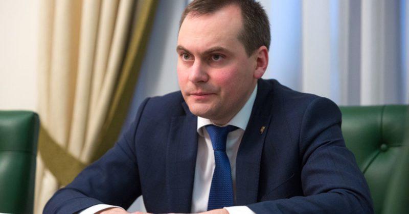 Владимир Васильев предложил на пост премьера Артема Здунова