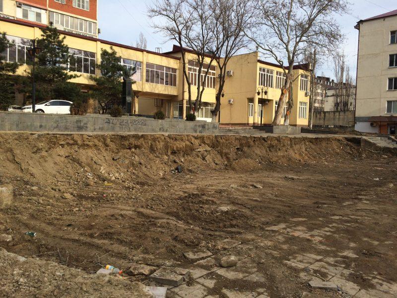 Суд подтвердил правоту активистов, вставших на защиту сквера с памятником Капиеву