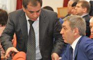 Членов правительства Дагестана, задержанных в Махачкале, транспортируют в Москву