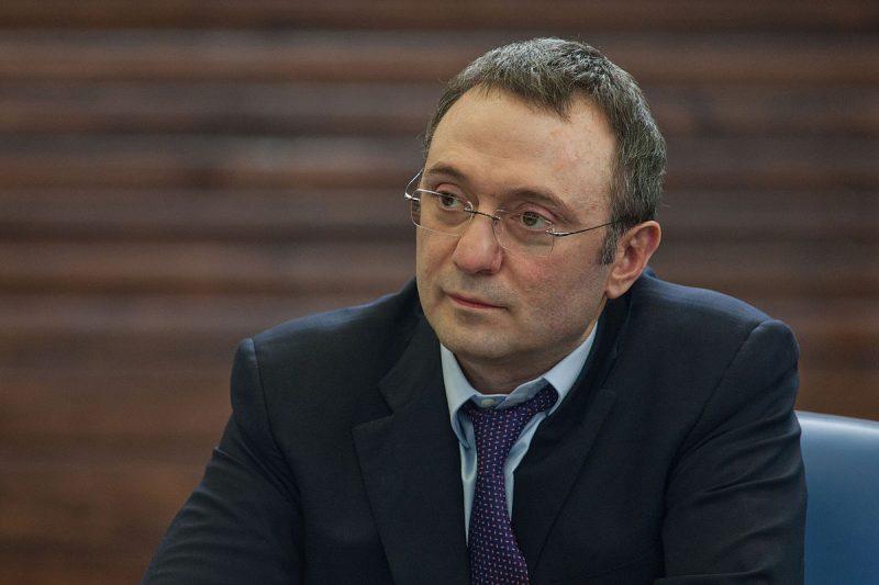 Сулейман Керимов ведет переговоры о покупке банка