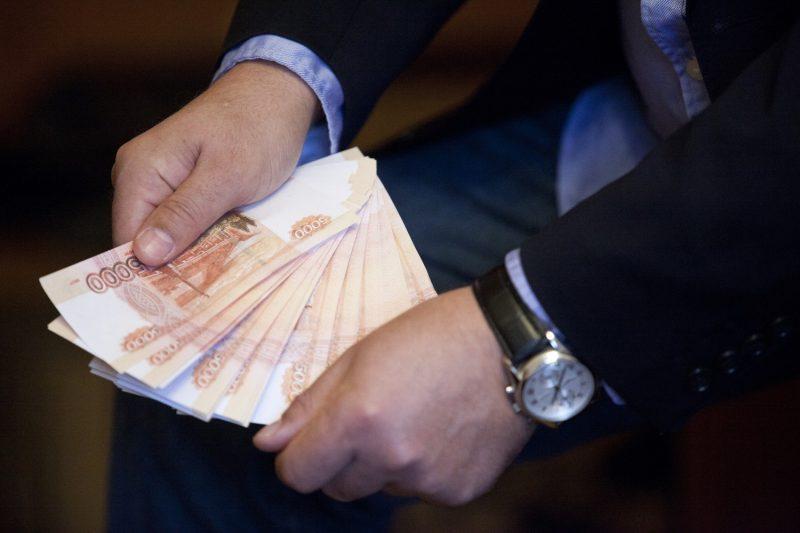 Директора школы в Дагестане уличили в служебном подлоге