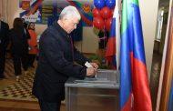 Хизри Шихсаидов проголосовал на выборах президента России