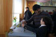 Заслуженный артист Дагестана Юсуп Омаров проголосовал на выборах президента