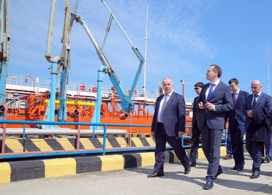 Артем Здунов ознакомился с работой махачкалинского порта
