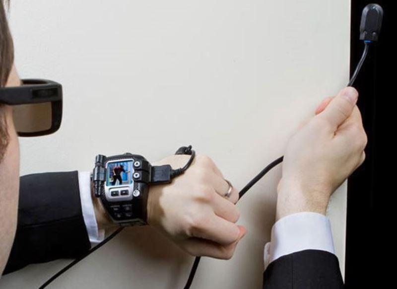 Жителя Махачкалы привлекут за продажу подслушивающего устройства