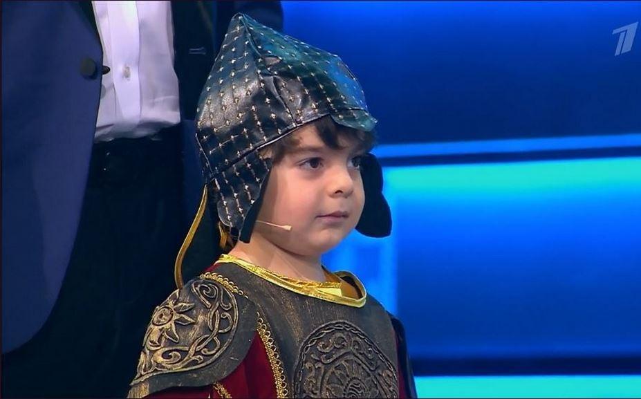 Махачкалинский богатырь выступил на шоу «Лучше всех!»