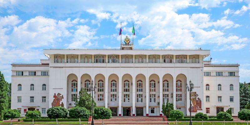 Артем Здунов наказал чиновников за сокрытие информации о доходах