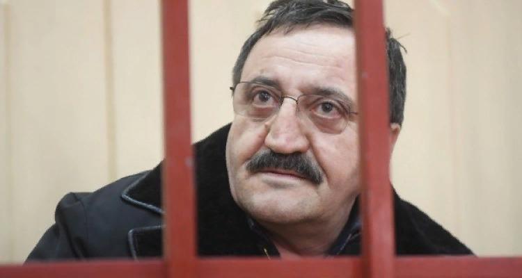Суд продлил срок ареста главы УФАС Кубасаева