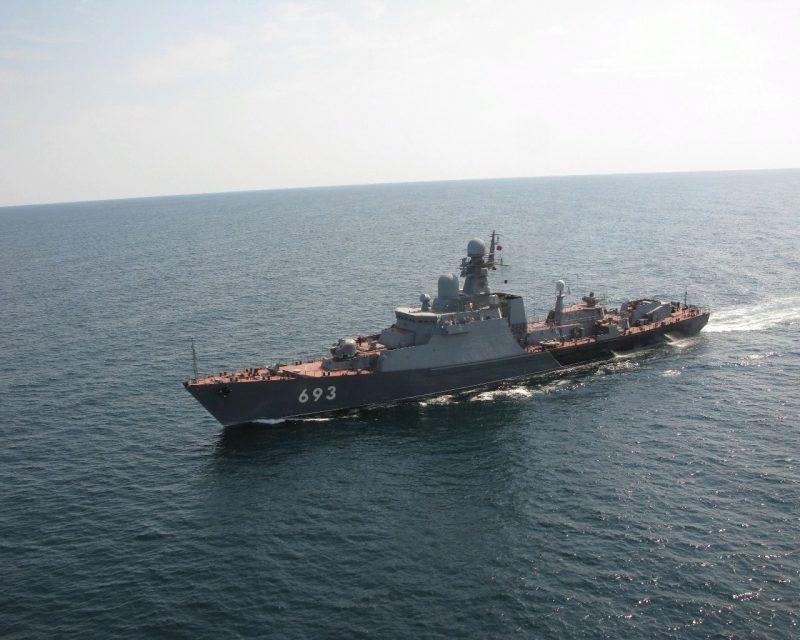 Каспийская флотилия провела учения по ликвидации подводных диверсантов