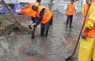 В Махачкале проводится очистка ливневой канализации