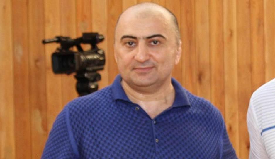 «Коммерсантъ»: полковник Хизриев хотел «почистить» свое досье