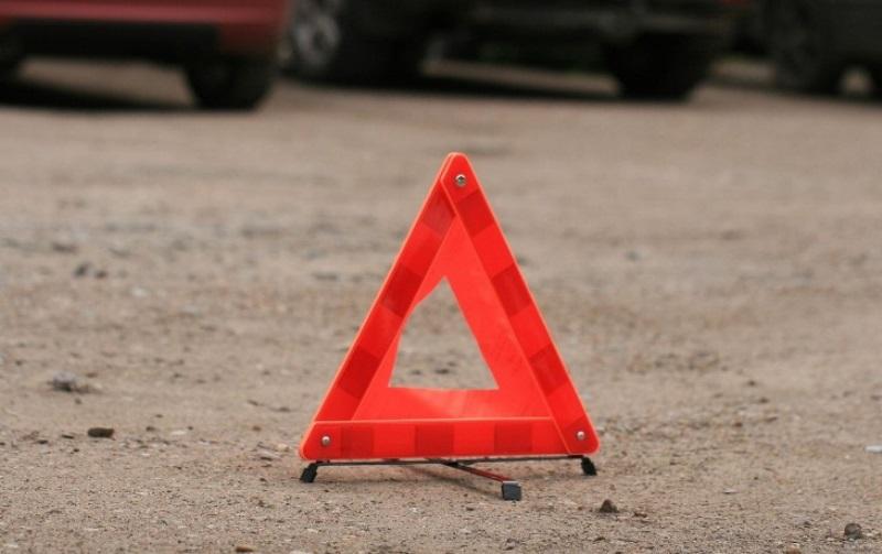Один человек погиб и трое пострадали в двух ДТП