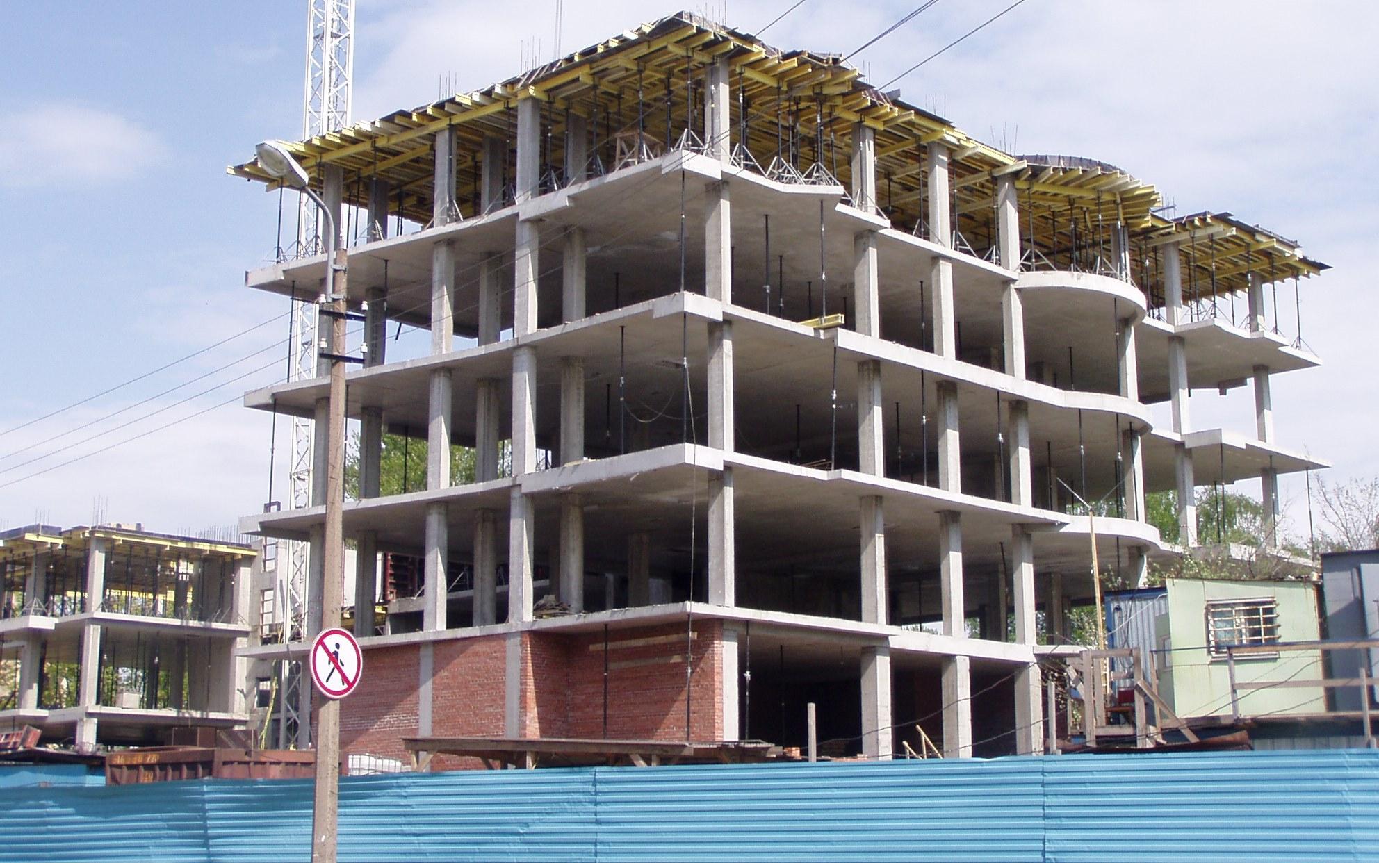 Суд постановил снести еще два строящихся дома в Махачкале