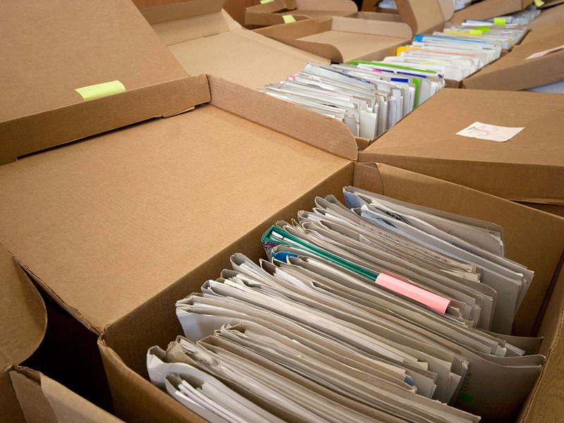 Выемка документов проходит в администрации Новолака