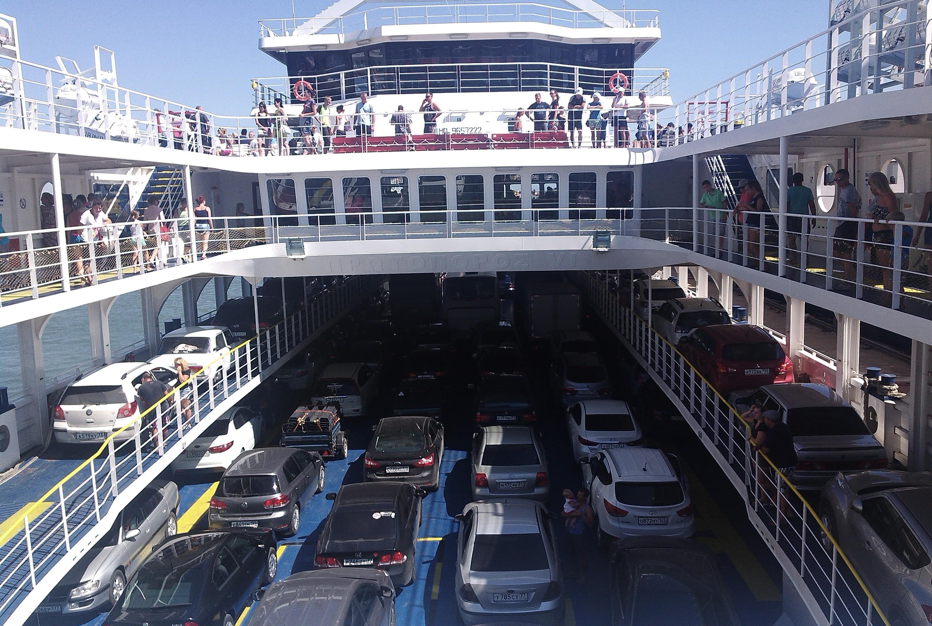 Между Дагестаном и Туркменией может заработать автомобильный морской паром