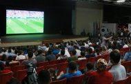 Махачкалинцы болели за сборную России в фан-зоне на площадке Даггосфилармонии