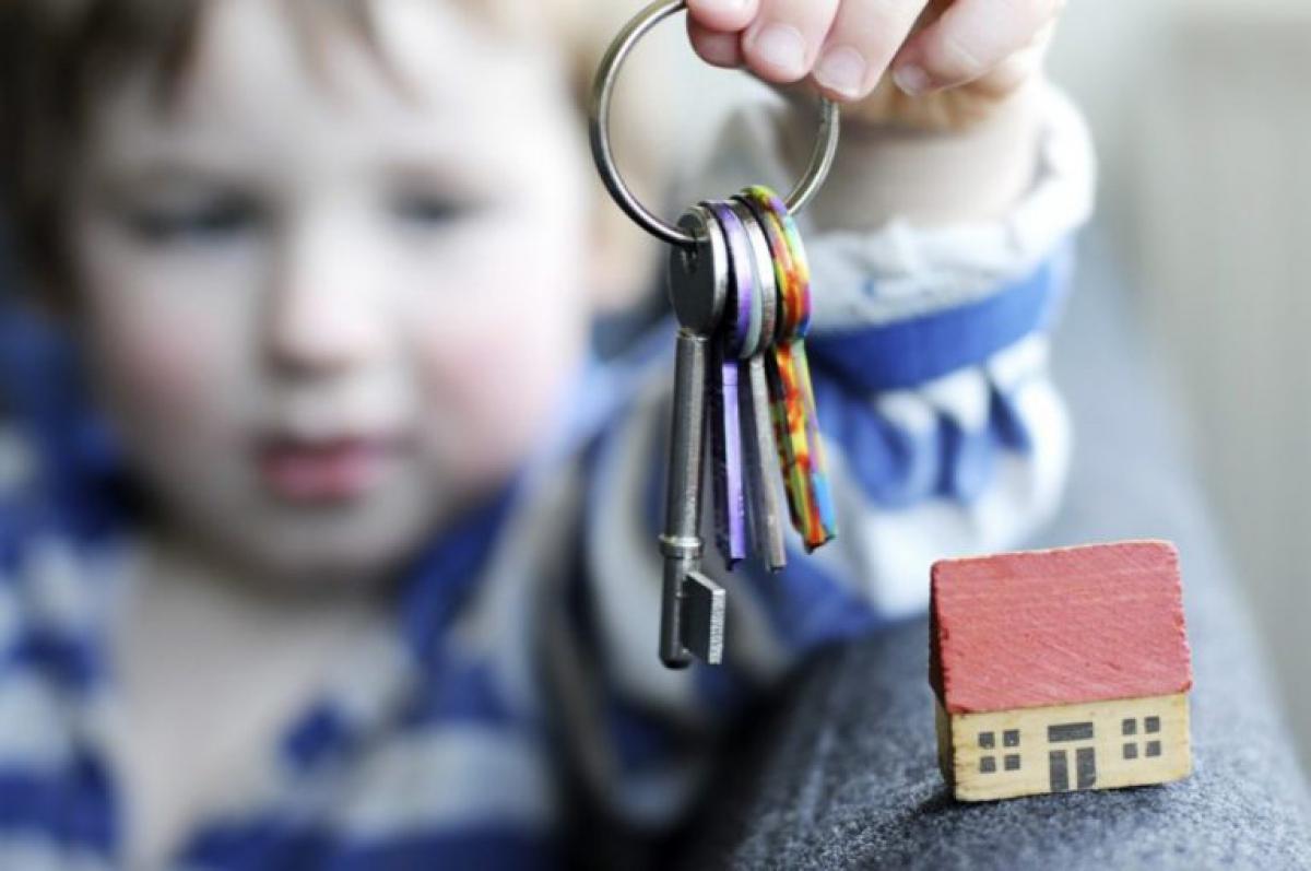 Более 300 детей-сирот получат жилье в Дагестане в этом году