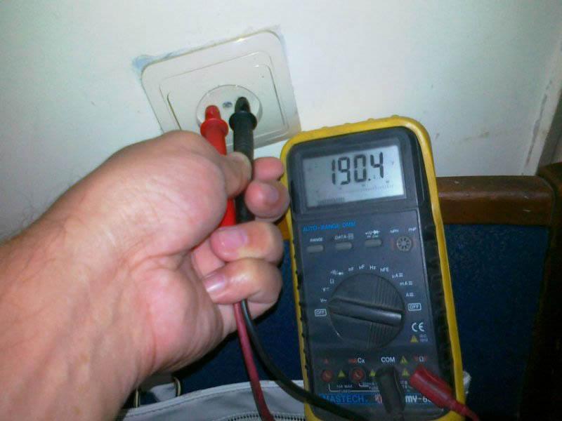 Энергосбытовая компания заплатит за низкое напряжение в сети