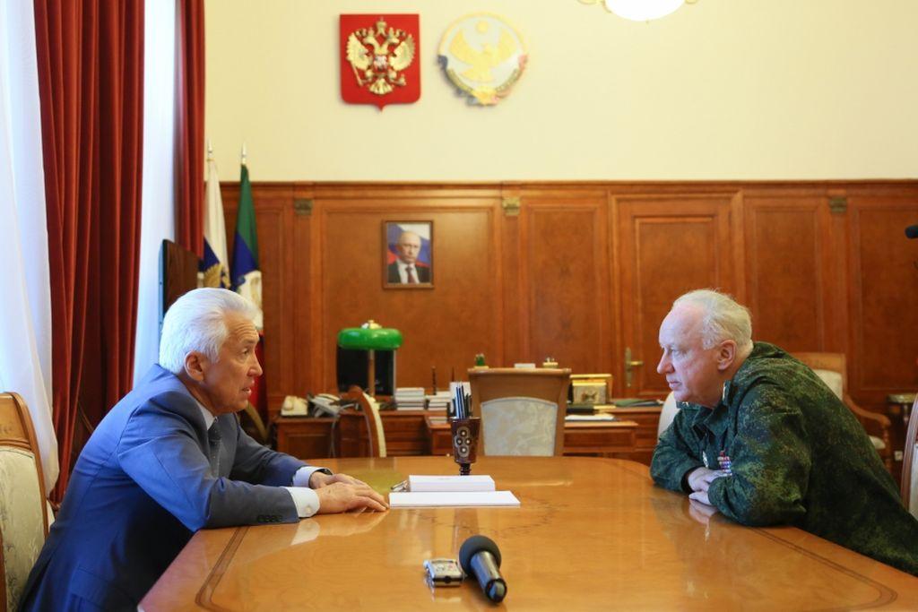 Васильев и Бастрыкин обсудили борьбу с коррупцией в Дагестане