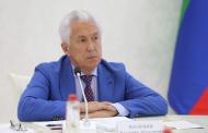 Глава Дагестана пообщался с победителями кадровых конкурсов