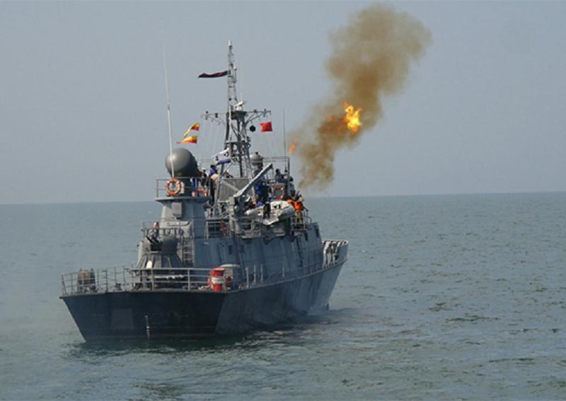 Корабли Каспийской флотилии выполнили артиллерийские стрельбы