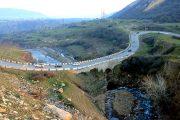 На юге Дагестана КамАЗ опрокинулся в реку