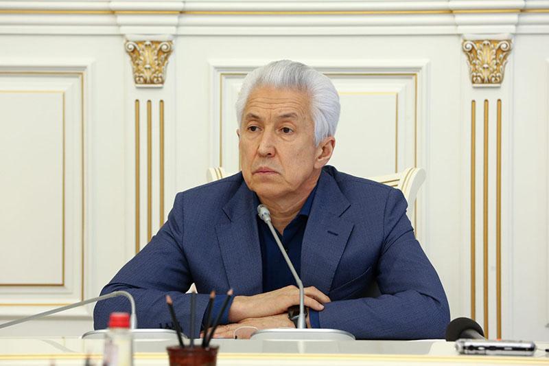 Васильев - чиновникам: Не тратьтесь на коррупцию, это умножит наказание